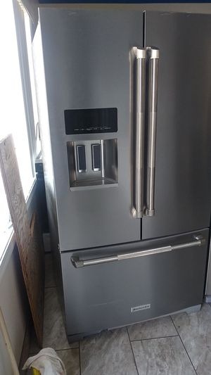 Kitchanaid refrigerator 36 w for Sale in Oakland, CA
