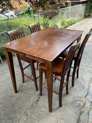 Dinning Table for Sale in Garfield Heights, OH