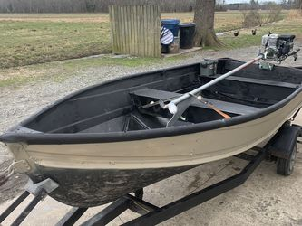 12 foot johnboat for Sale in Virginia Beach,  VA