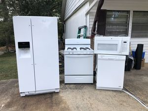 Refrigerator, gas stove , dishwasher, microwave for Sale in Smyrna, GA
