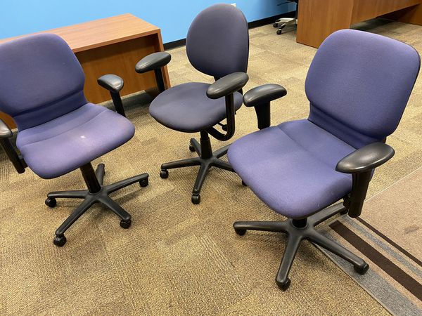 3 office room chairs
