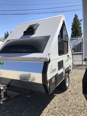 2017 ALINER Ranger 10 - Off Road Package/Solar Ready for Sale in Sacramento, CA