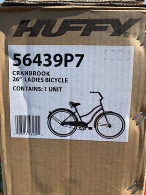 "Huffy 26"" Cranbrook Women's Comfort Cruiser Bike, Gray for Sale in Naperville, IL"