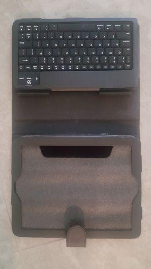 Tablet wireless keyboard for Sale in Katy, TX