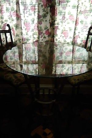 glass dining table 2 chair for Sale in Cleveland, OH