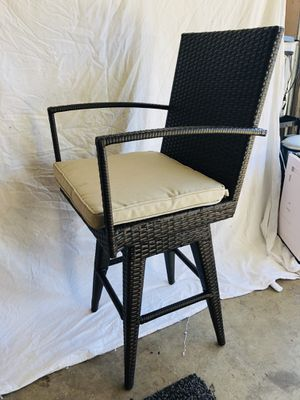Patio Chair/ Bar Stool for Sale in Etiwanda, CA