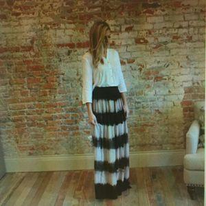 Akira chicago tie die maxi skirt. M for Sale in Fairfax, VA