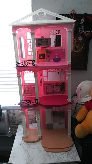 """Winnie d's pooh n Barbie house. Lil pink baby doll stroller"""". for Sale in Austin, TX"""