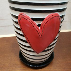 DEMDACO Striped Ceramic Saucer Flower Pot for Sale in Julian, NC