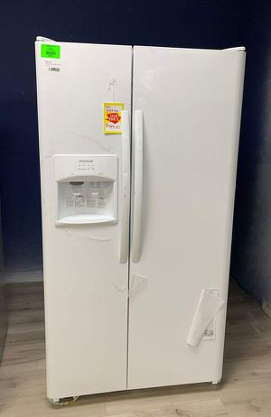 Frigidaire refrigerator! Brand New comes with Warranty! Never Used SW7K for Sale in Chino, CA