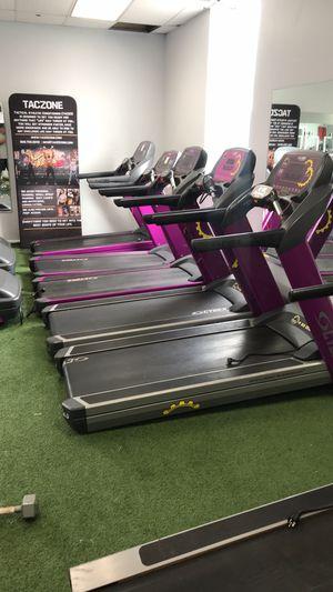 Cybex 625T Treadmills $1099 for Sale in Union, NJ