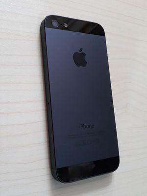 Black iphone 5 - 32gb for Sale in New Port Richey, FL