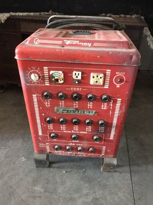 Forney welder battery charger combo for Sale in Painesville, OH
