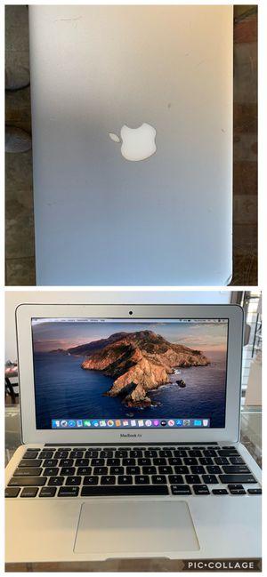 "Apple macbook air 11"" 2014. I5, 4gb RAM, 256gb SSD. for Sale in Wilton Manors, FL"