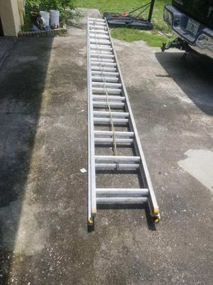 32 foot aluminum extension ladder for Sale in Temple Terrace, FL