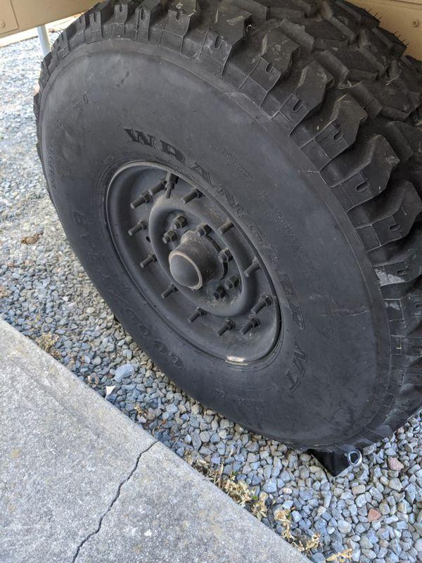 HMMWV wheels and tires Humvee wheels