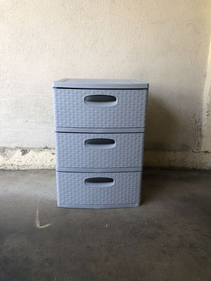 Drawer plastic for Sale in Marina del Rey, CA