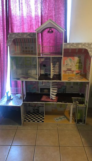 Big doll house for Sale in Modesto, CA