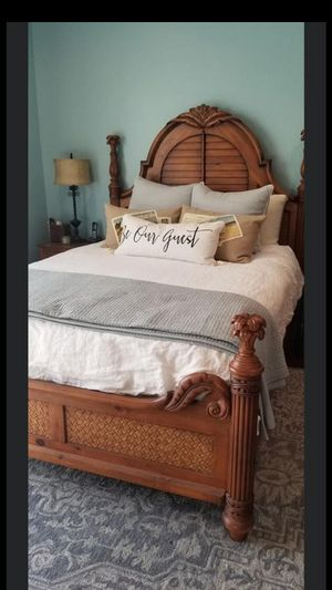 King size Tommy Bahamas bedroom set for Sale in West Palm Beach, FL