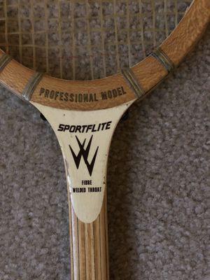 Sportflite tennis racket for Sale in Evansville, IN