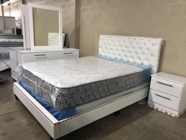 Brand new queen size bedroom set with mattress $699