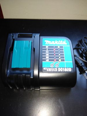 New regular Charger makita for Sale in Los Angeles, CA