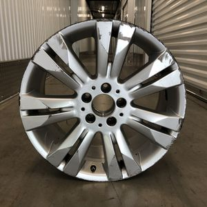 1 Mercedes Benz Factory OEM 18 Wheel for Sale in Orlando, FL