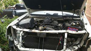 Trailblazer 2002 engine and transmission for Sale in Denver, CO
