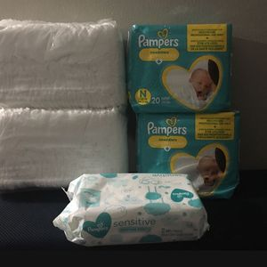 Pampers Diapers With Wipes New Brown Size Brand New for Sale in Worcester, MA