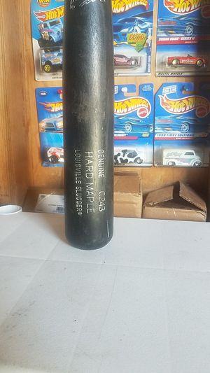 "MLB Prime C243 HARD MAPLE bat, 34"" for Sale in Whittier, CA"