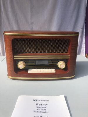 Wolverine retro radio speaker Bluetooth for Sale in Plymouth, MN