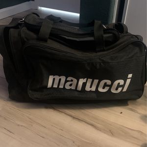 Marucci Duffle Bag for Sale in Fontana, CA