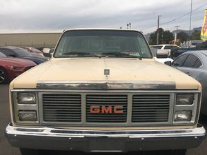 1985 GMC- 117,000 miles - 4WD for Sale in Tucson, AZ