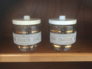 Pyrex cookie and cracker jar set. $35.00 obo for Sale in Goodyear, AZ