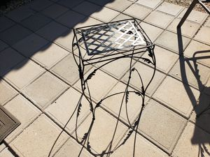 Large plant stand for Sale in Glendale, AZ