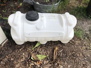 Plastic water tank for Sale in Pompano Beach, FL