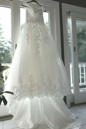 Wedding dress for Sale in Norwood, MA