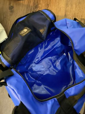 North face duffle bag for Sale in Tacoma, WA