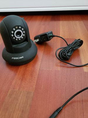 Foscam IP wifi security camera for monitoring - black for Sale in Pembroke Pines, FL