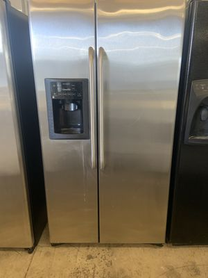 STAINLESS STEEL refrigerator for Sale in Tampa, FL