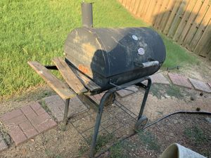 FREE Outdoor Grill for Sale in Snellville, GA