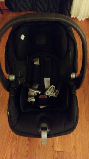 PEG PEREGO car seat, base and stroller combo for Sale in Kapolei, HI