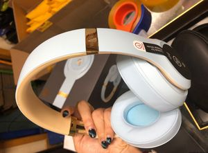 Wireless Headphones - Noise Cancelling for Sale in New York, NY