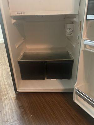 Mini fridge 💥💥💥💥 for Sale in Pomona, CA