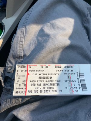 Rebelution tix for Sale in Four Oaks, NC