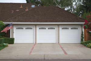 New Garage Door Installation ** for Sale in Farmington Hills, MI
