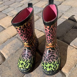 Kid Rain Boots for 4-6 Yrs Old (kid Size 11/12) for Sale in Las Vegas, NV