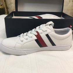 Brand new Tommy Hilfiger For Women New In The Box for Sale in Nashville,  TN