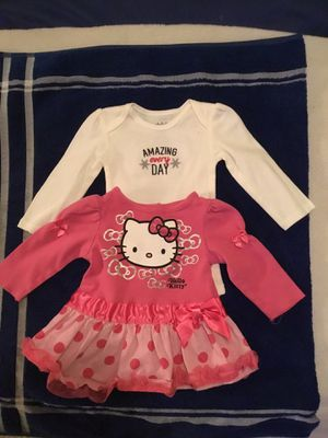 2 little girl outfits (3-6 months) for Sale in North Las Vegas, NV