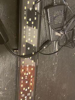 Nicrew Aquarium Light + Timer 18-24in for Sale in Los Angeles,  CA
